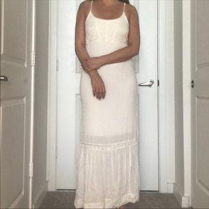 Mossimo White Lace Long Boho Maxi Dress M